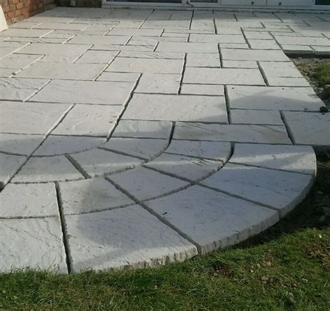 wavy edged riven paving slabs  sizes  colours