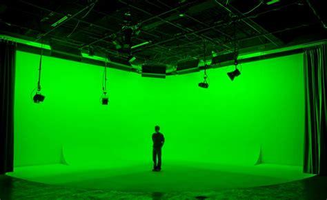 le de bureau jaune pourquoi tourner une vidéo sur fond vert ou bleu