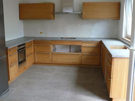 Betoncirenaturleosteen Küchenarbeitsplatte In Uform