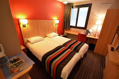Les Chambres  Hôtels*** Kyriad Dijon  Hôtels Gare