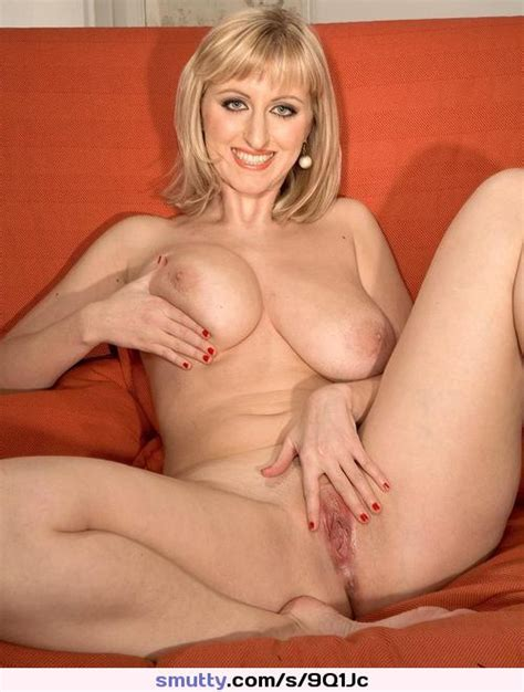 Mature Milf Cougar Hot Sexy Gorgeous Beautiful