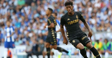 Swansea City and Derby County battle for ex-Chelsea ...