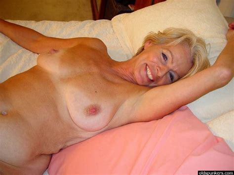 Mature Old Spunkers Justine