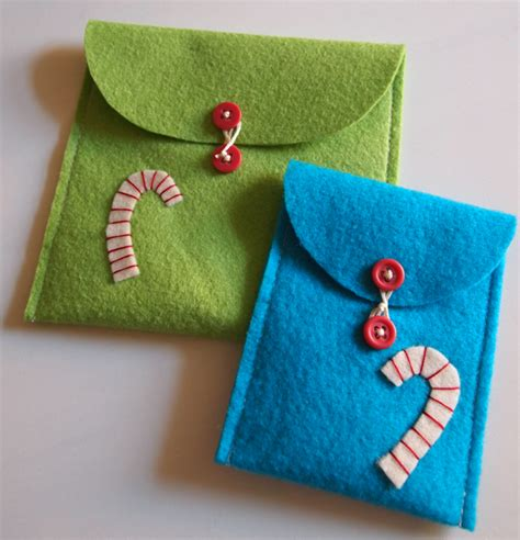 Free Holiday Project Felt Envelopes « Lark Crafts