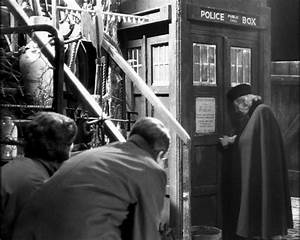 Doctor Who An Unearthly Child – Final Review and Comments