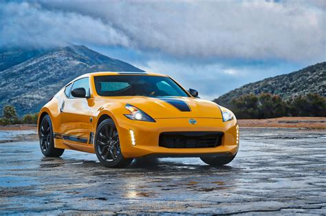 Nissan 370z 2018 by 2018 Nissan 370z Heritage Edition Keeps Coupe Alive