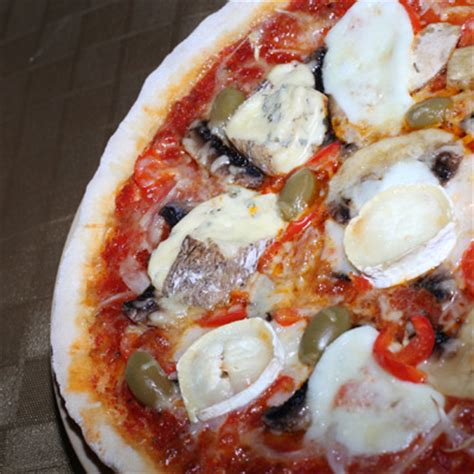 recette pizza 4 fromages sans 28 images ma pizza au thon sans fromage du dimanche recette de