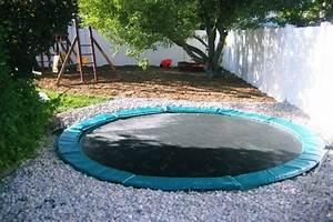 In Ground Trampolin : your home needs this in ground trampoline so bad it hurts ~ Orissabook.com Haus und Dekorationen