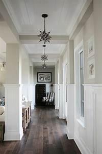 Kleine Räume Optisch Vergrößern Boden : 1001 schmaler flur ideen zur optimaler einrichtung ~ Indierocktalk.com Haus und Dekorationen