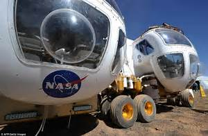Nasa tests new space vehicles in Arizona desert to ...