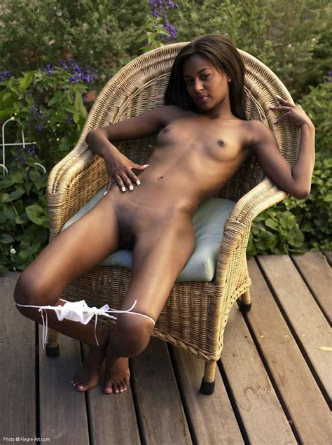 Naomi Nude In Naomis Emanuelle Free Hegre Art Picture