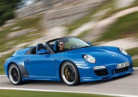 porsche  speedster limited edition joins  range