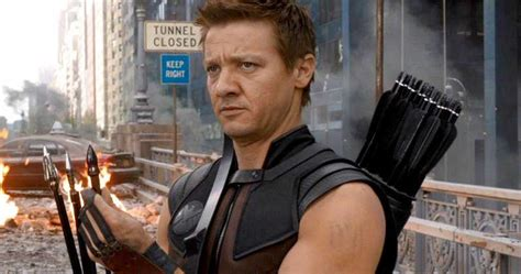 Jeremy Renner Wanted Hawkeye Die The Avengers
