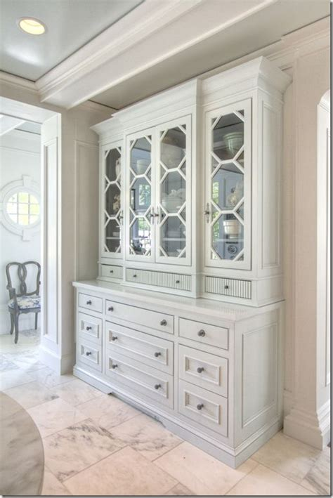 White Breakfront China Cabinet by 17 Best Ideas About Built In Hutch On Built In