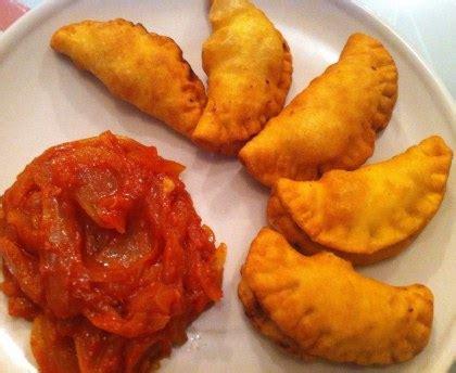 cuisine senegalaise pastels beignets farcis du sénégal recette de pastels