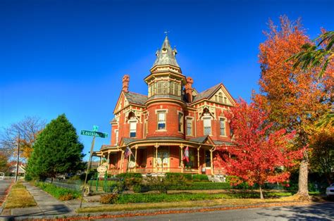 finest victorian mansions  house designs