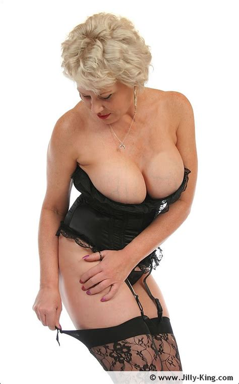 High Glamour Black Lingerie Busty Blonde Fetish Milf Jilly King Pichunter