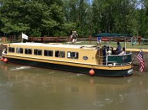 Sam Patch Boat by The Sam Patch On The Erie Canal Pittsford Ny Scenic