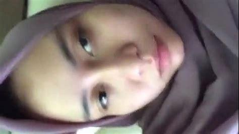 Video bokep terbaik Jilbab Muslimah Masturbating - VidioBokep.Org