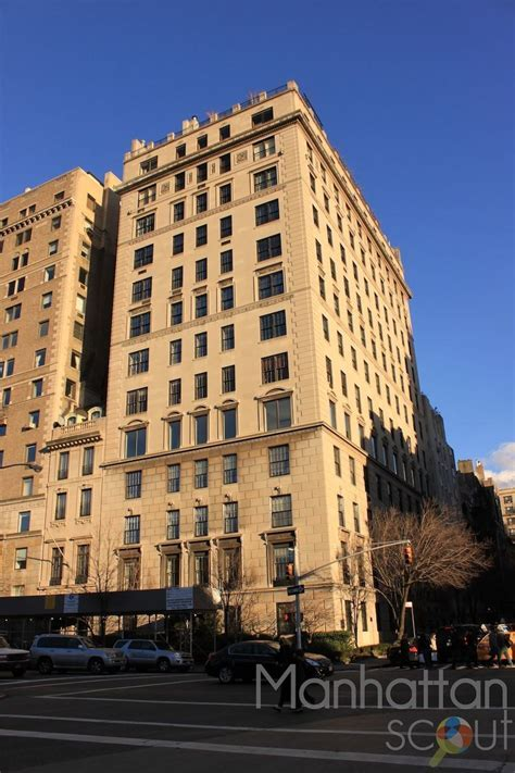 1030 Fifth Avenue in Upper East Side   Luxury Apartments