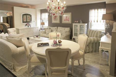 espacios romanticos sillas muebles sillas de diseno