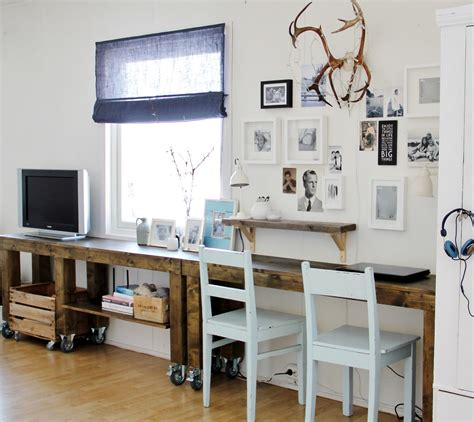 Decorating A Small Space  The Flat Decoration. Small Computer Desk For Kitchen. White Kitchen With Dark Island. Kitchen Island Design Tool. Custom Kitchen Island. White Kitchen Hardwood Floors. White Kitchen Remodel Pictures. Kitchen Island Designs Pictures. Best Kitchen Design For Small Space