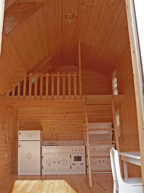 small log cabins small log cabin interior ideas small cabin treesranchcom
