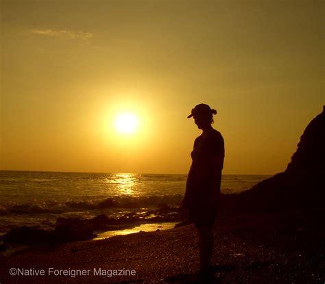 inspiring travelers native foreigner