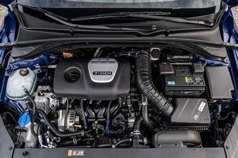28 city/36 hwy/31 combined mpg. Hyundai Elantra GT N-Line: Un hatchback de perfil más dinámico