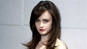 Alexis Bledel Joins New Play Reading - GeekyNews