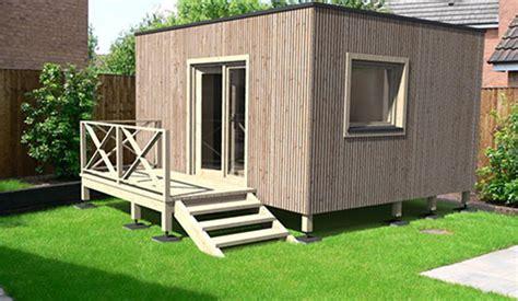 constructeur de maisons et studios de jardin 224 ossature bois cl 233 en 224 partir de 19 900