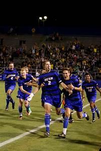 Photo Breakdown: Men's Soccer vs. Stanford | The Daily Nexus
