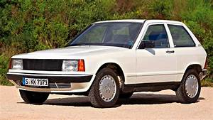 Mercedes 190 E : mercedes 190 e compact car 1981 youtube ~ Medecine-chirurgie-esthetiques.com Avis de Voitures
