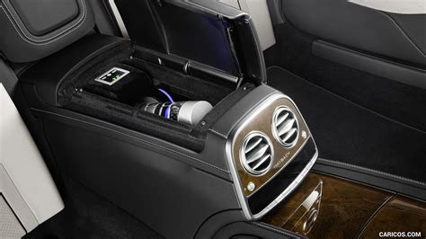 2018 mercedes maybach interior this contemporary 2018 mercedes maybach pullman has a nod that reaches back to the initial pullman too. 2018 Mercedes-Maybach S 600 Pullman Guard - Interior ...