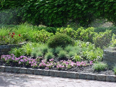 how to design a shade perennial garden 171 margarite gardens