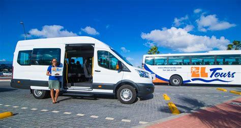 Airport Transfers by Airport Transfer 6 9 Passengers El Tours Aruba