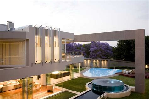 glass house johannesburg property  architect
