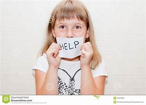 Little Girl With Sign Help Stock Photo - Image: 43679884