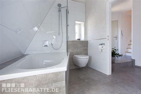 Badezimmer Neu Gestaltet Mit Fliesen In Betonoptik