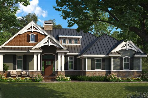 craftsman home plan  bedrms  baths  sq ft