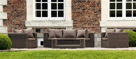 mobilier de jardin en resine tressee mobilier de jardin la r 233 sine tress 233 e vs le teck