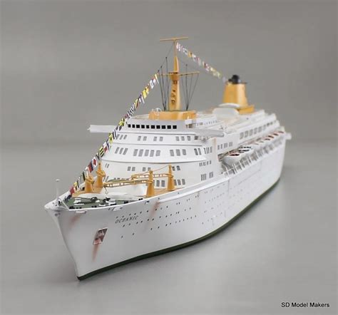 """Sd Model Makers Ss Oceanic Waterline Model With Light """"weathering"""""""