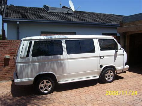 volkswagen volkswagen caravelle 2 6i exclusive was listed for r99 500 00 5 dec at 30 by
