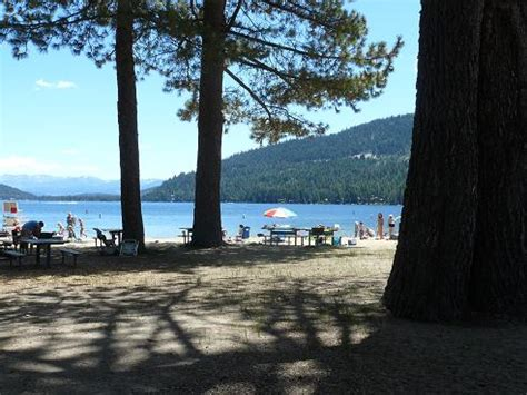 spend labor day holiday truckee california