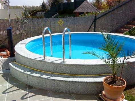 Pool In Erde Einbauen by Das Aquapool Schwimmbad Forum Stahlwandpool Ebenerdig