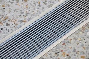 Comment Faire Un Drainage : caniveau pour drainage de batiment construire ma maison ~ Farleysfitness.com Idées de Décoration