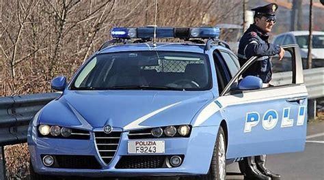 polizia stradale napoli ufficio verbali autista ubriaco la gita scolastica parte con