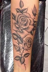 Tatouage De Femme : tatouage rose avant bras tatouages pinterest ~ Melissatoandfro.com Idées de Décoration