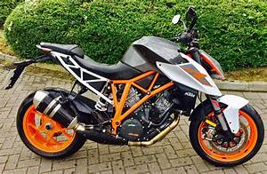 Ktm Super Duke R : hire a 2017 ktm 1290 super duke r adventure bike hire ~ Medecine-chirurgie-esthetiques.com Avis de Voitures