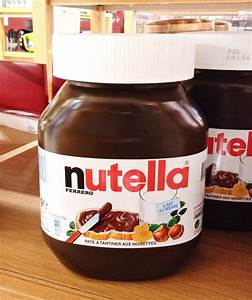 Giant 5 kg (11 lbs) Nutella jar. Found it at the Galeries ...